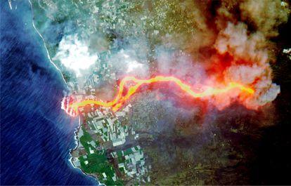 Imagen de satélite del inicio de la lava en La Palma este jueves.