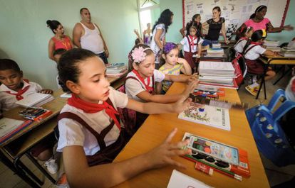 Niños en una escuela de La Habana.
