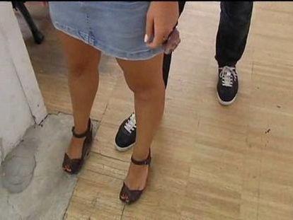 Detenido un hombre que grababa con cámara oculta bajo la falda de las mujeres
