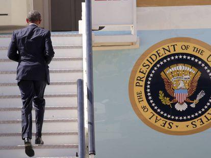 El presidente de EEUU, Barack Obama, sube al Air Force One en la base aérea de Torrejón de Ardoz (Madrid), para partir hacia la base naval de Rota