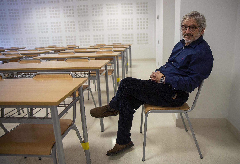 Luis Castells Arteche, catedrático de Historia de la Universidad del País Vasco, esta semana en San Sebastián.