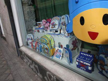 Tienda con productos de merchandising de Pocoyó.