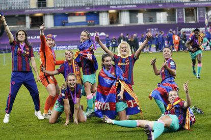 The Barcelona players after winning the first Champions League in the history of Spanish football.