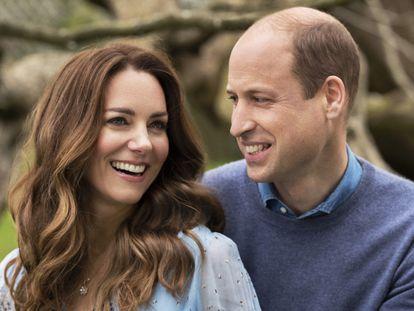 Los duques de Cambridge, Kate y Guillermo, en su décimo aniversario de boda.