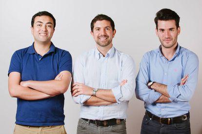 Los fundadores de Hogaru: Óscar Peña, Matteo Cera y Gonzalo Úcar.