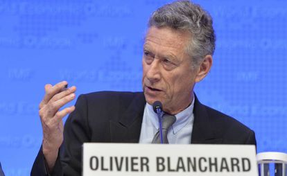 Olivier Blanchard, ex economista jefe del FMI, en una rueda de prensa en Washington.