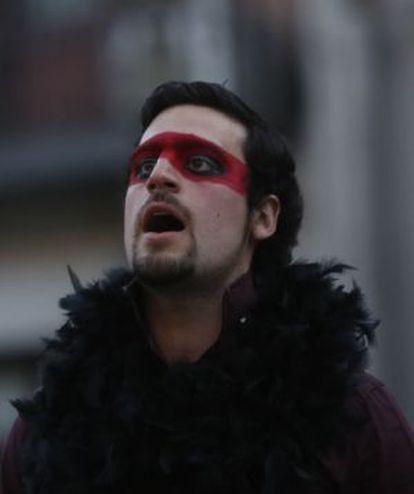 Uno de los actores que representaron ayer una adpatación de 'Fuenteovejuna'.