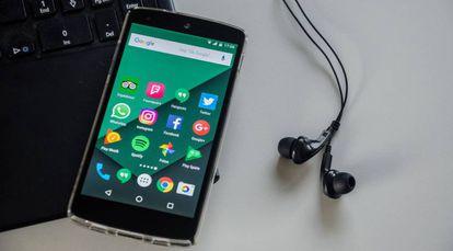 Un móvil Android.
