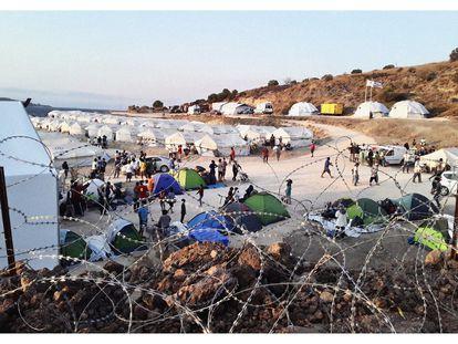 Fotografía hecha con el móvil de Amir, un joven afgano que lleva casi dos años viviendo en el campo de refugiados de Moria (Grecia).