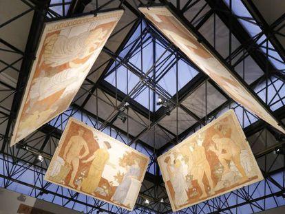 Frescos de Torres-García en la Fundació Antigua Caixa Terrassa.