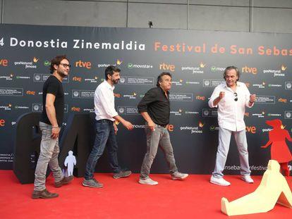Carlos Santos, Alberto Rodríguez, Eduard Fernández y José Coronado, actores y director de 'El hombre de las mil caras'.