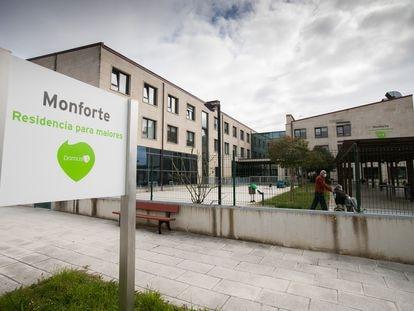 La residencia Domus Vi de Monforte, donde se ha denunciado el estado de abandono de una usuaria.