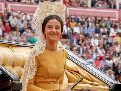 Victoria de Marichalar, en la plaza de toros de la Real Maestranza de Sevilla durante la Exhibición de Enganches
