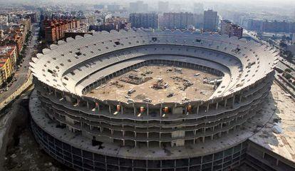 Vista de las obras paralizadas del nuevo estadio del Valencia C F.
