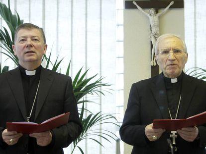 Antonio María Rouco (derecha) y Juan Antonio Martínez Camino, en una imagen de archivo.