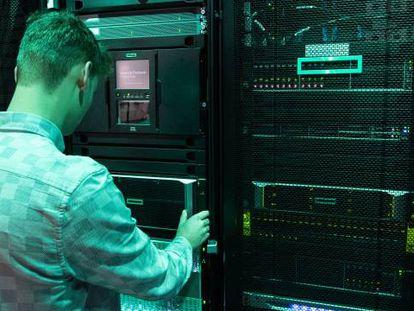 Un centro de proceso de datos de la multinacional estadounidense Hewlett-Packard Enterprise.