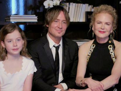 Keith Urban, Nicole Kidman y su hija Faith Margaret en la ceremonia de los Globos de Oro de 2021.