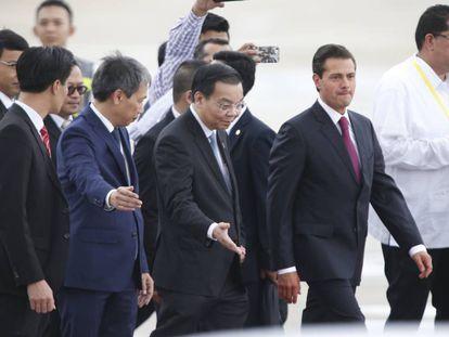 Peña Nieto a su llegada a la Cumbre de Vietnam
