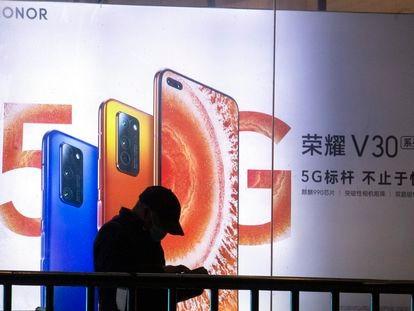 Un anuncio de móviles Honor en Pekín.