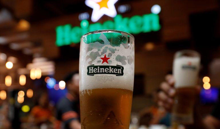 El logo de Heineken en una imagen de archivo.