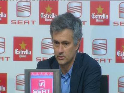 "Mourinho a Cruyff: ""Gracias, me gusta ser entrenador de títulos"""