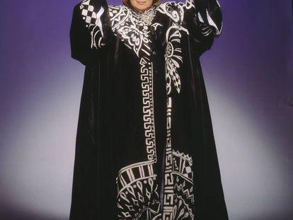 Walter Mercado, el estrafalario vidente, fotografiado en 2001.