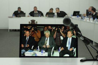 Los acusados durante el juicio