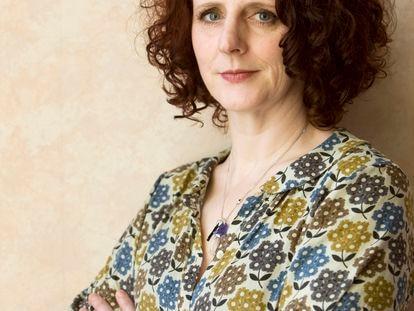 Maggie O'Farrell, en una imagen reciente, en su casa, en Edimburgo.