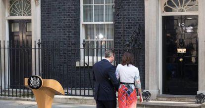 Cameron tras anunciar que dimitirá en octubre.