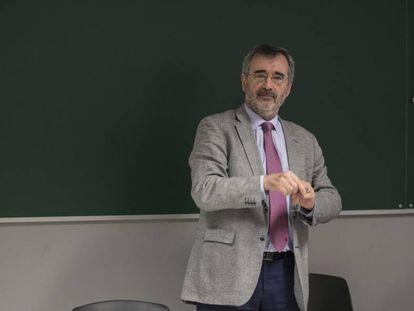 Manuel Cruz, presidente del Senado, clausura un curso en la Universidad Rey Juan Carlos.