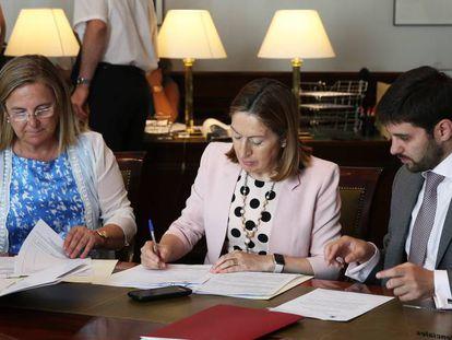 Declaración de Actividades e Intereses y recogida de acreditaciones de varios parlamentarios, entre ellos Ana Pastor.