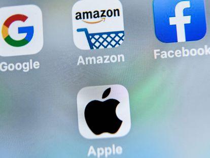 Logos de varias grandes tecnológicas de Internet que se enfrentan a investigaciones por posibles prácticas anticompetitivas.