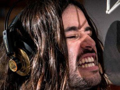 La banda tiene febril admiración por las canciones de Alex Turner y Julian Casablancas