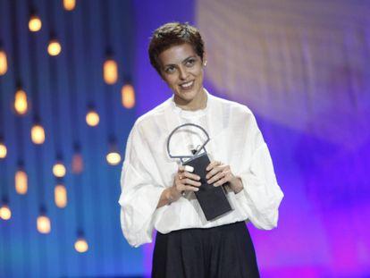 Dea Kulumbegashvili, con el premio a la mejor dirección por 'Beginning'.