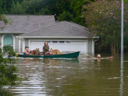 La situación es grave y va a empeorar. Los daños ascienden a miles de millones de dólares , ha asegurado el gobernador de Texas