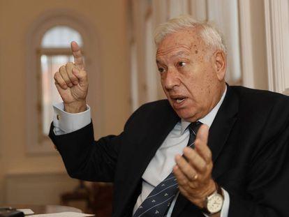 El exministro de Asuntos Exteriores, José Manuel García-Margallo, durante la entrevista.