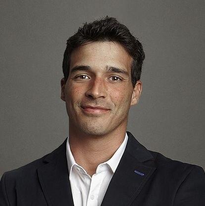 Carlos Uraga.