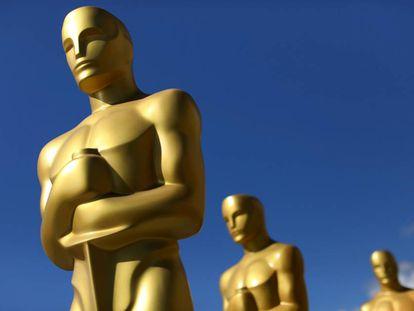 Estatuas de los Oscar como decorado de la edición de los premios de Hollywood de 2017.