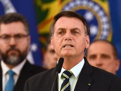 El presidente Bolsonaro comparece en Brasilia este martes para responder a las acusaciones de Moro al dimitir como ministro.