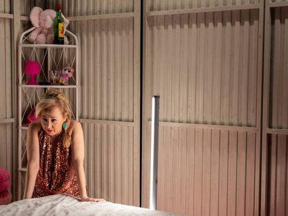 Carmen Machi en una escena de 'Prostitución', en el Teatro Español. En vídeo. el teaser de la obra.