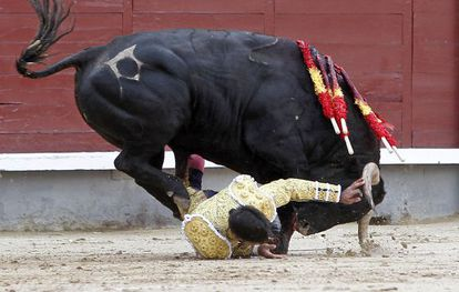 Rivera Ordóñez, 'Paquirri' en su primer toro