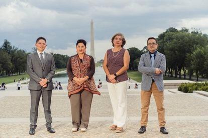 Andrei González, Thelma Aldana, Claudia Escobar Mejia, Juan Francisco Sandoval, posan para un retrato en la ciudad de Washington el día 13 de agosto de 2021.