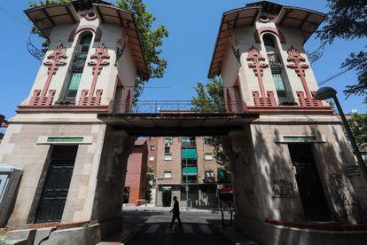 Colonia de la Prensa, conjunto de antiguas casas independientes de 1914 y de estilo 'art-deco' en el distrito de Carabanchel.