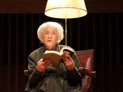 Ida Vitale, en una lectura de poemas en junio en Buenos Aires.