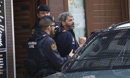 Xavier D. detenido durante la operación del lunes.