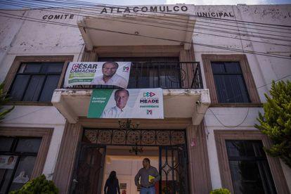 Las oficinas de PRI en Atlacomulco, Estado de México, lucen solitarias.