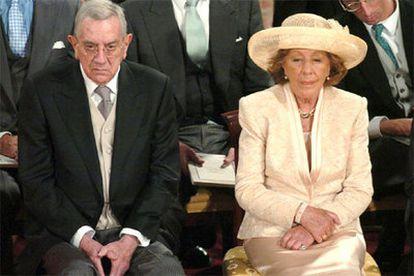 José Luis Ortiz, junto a su esposa, el día de la boda de los Príncipes de Asturias.