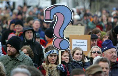 Manifestaciones pacíficas en los alrededores del Parlamento de Islande, en enero de 2009.