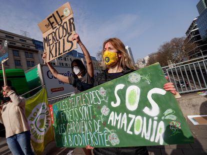 Manifestación ecologista contra el tratado entre la UE y el Mercosur, el pasado día 3 en Bruselas.