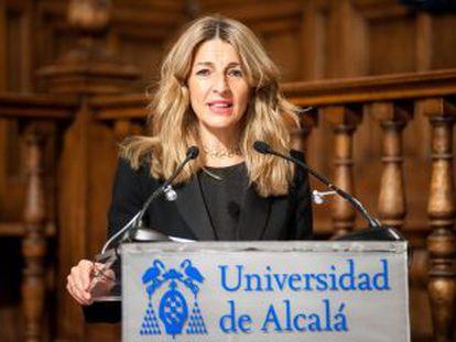 La vicepresidenta tercera y ministra de Trabajo, Yolanda Díaz, en las jornadas de la APIE y Orfin en la Universidad de Alcalá, este lunes.
